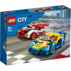 LEGO® City Lenktyniniai automobiliai 60256