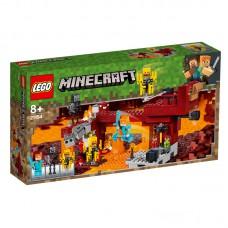 LEGO® Minecraft  Liepsnų tiltas  21154
