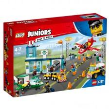 LEGO® Juniors | Centrinis Miesto oro uostas | 10764
