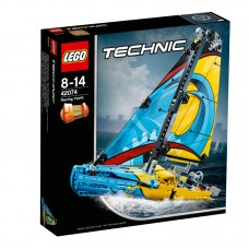 LEGO® Technic | Lenktyninė jachta | 42074